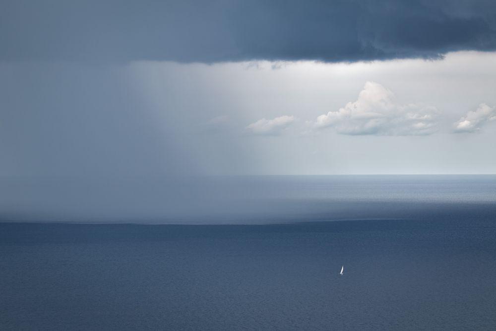 das Segelboot...