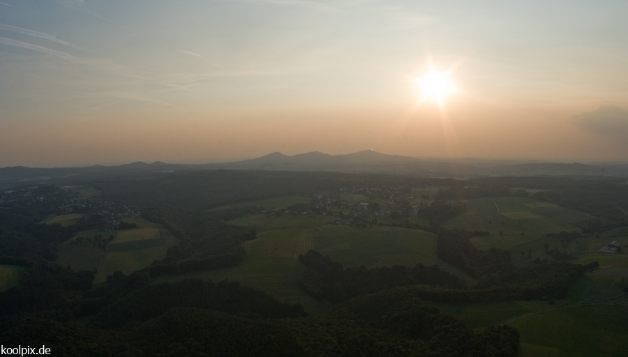 Das Siebengebirge aus'em Ballon...