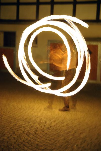 Das Spiel mit dem Feuer