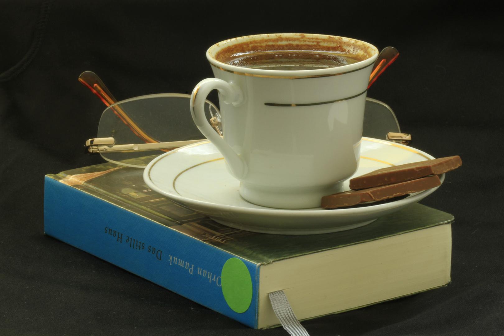 das still Haus mit einem türkischen Kaffee