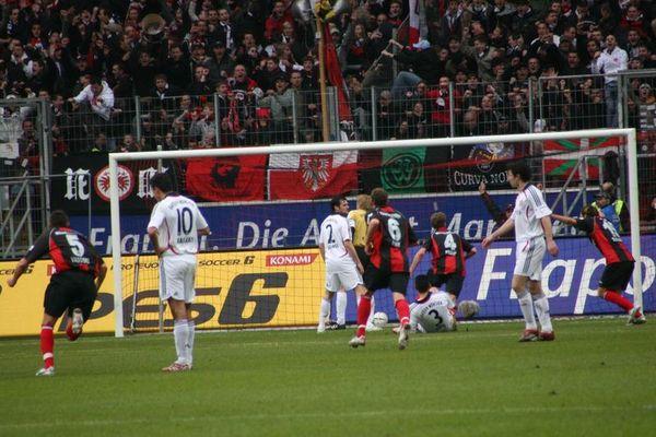 Das super Eintrachttor von Preuß gegen Bayern München