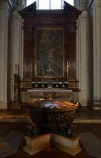 Das Taufbecken im Dom von Salzburg