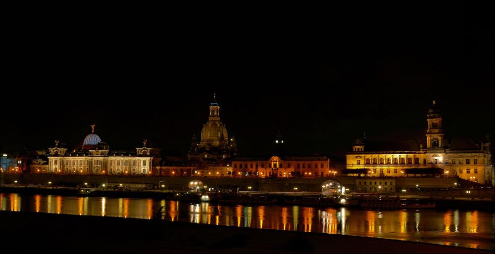 Das Terrassenufer Dresden ...,