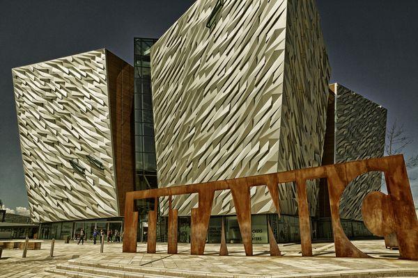 Das Titanic Belfast Museum