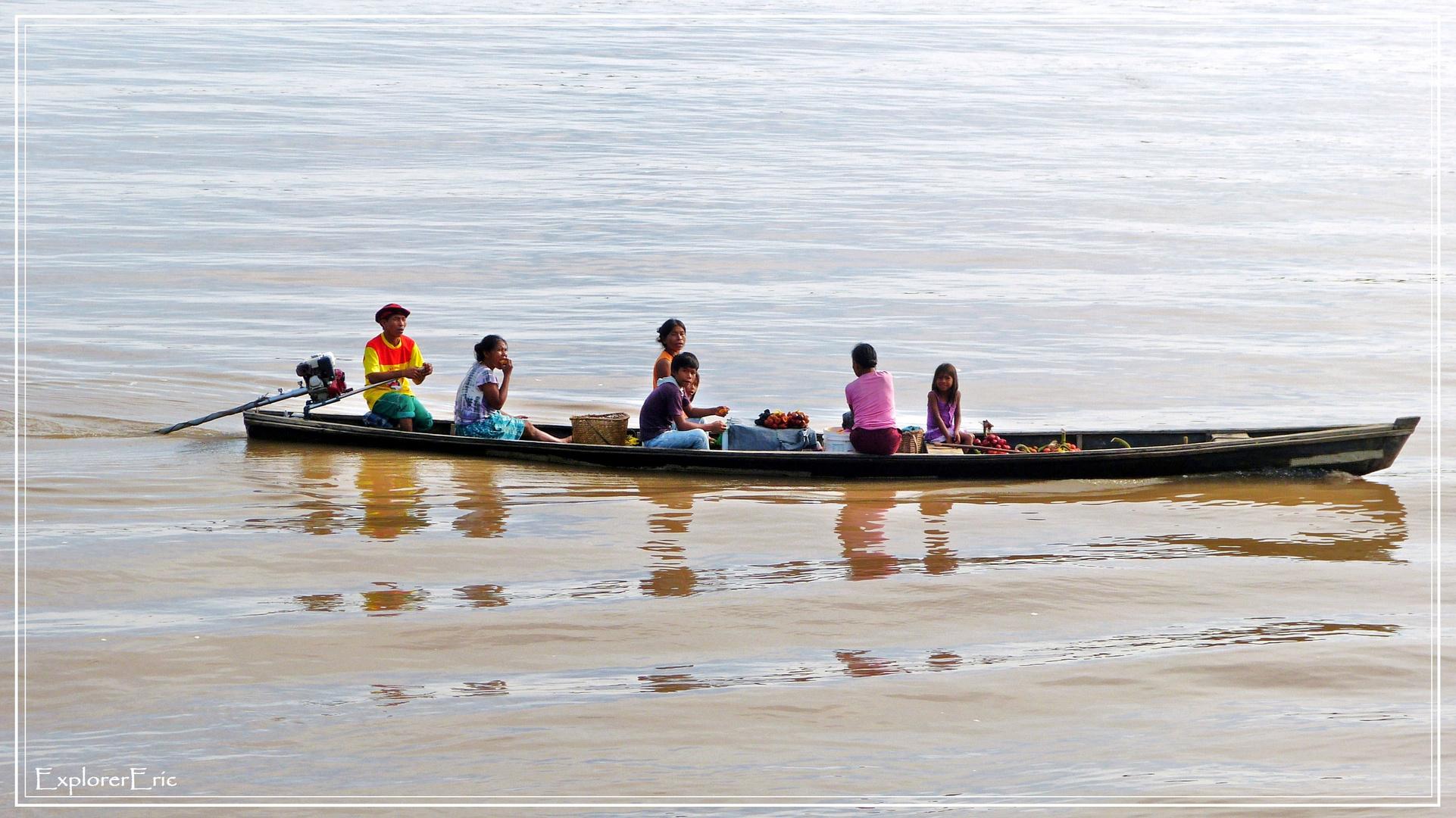 das ulimative Verkehrsmittel des Amazonas..............