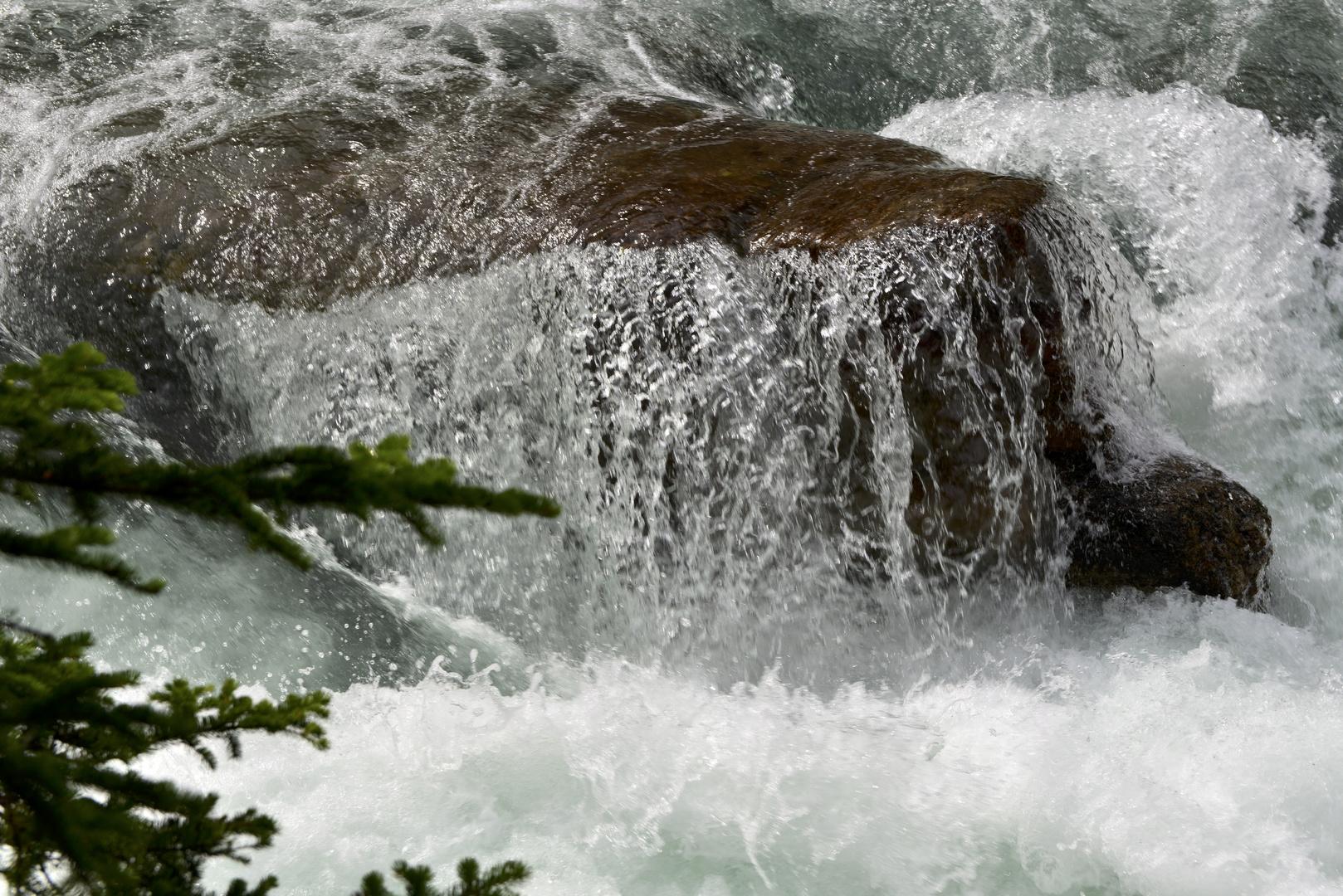 Das Wasser fliesst