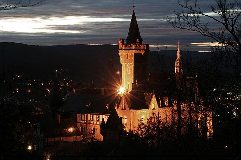 Das Wernigeröder Schloss am Abend