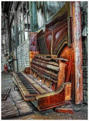 Das Wohltemperirte Clavier. oder Praeludia, und Fugen durch alle Tone und Semitonia