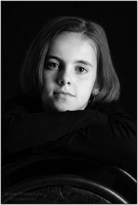 daughter in black