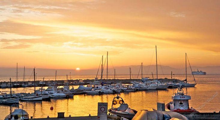 Dawn on April 6, 2012