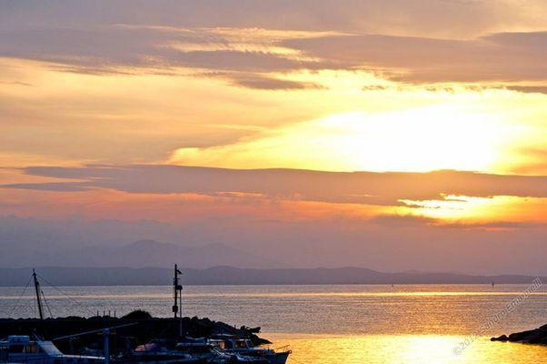 Dawn on October 11, 2012 bis