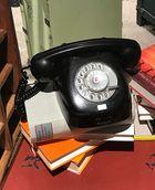 Dazumal- Telefon mit Wählscheibe
