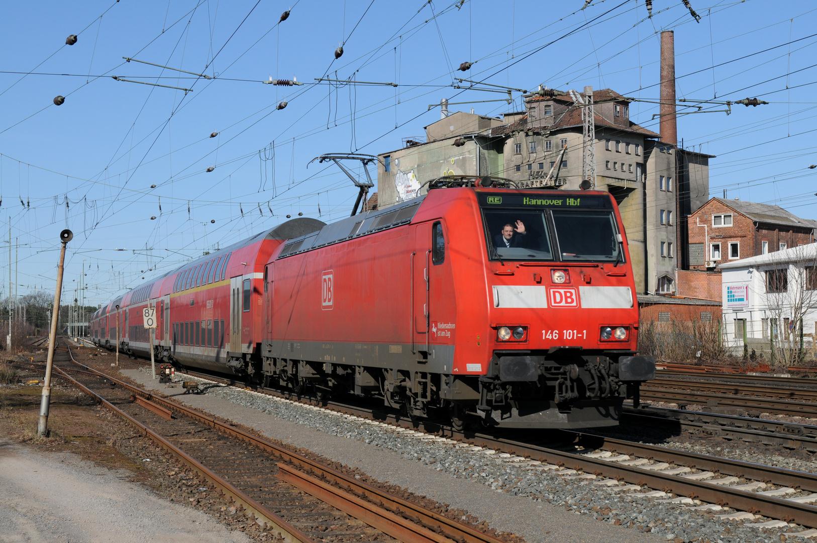 DB 146 101-1 mit RE Bremen - Norddeich bei Verden/Aller