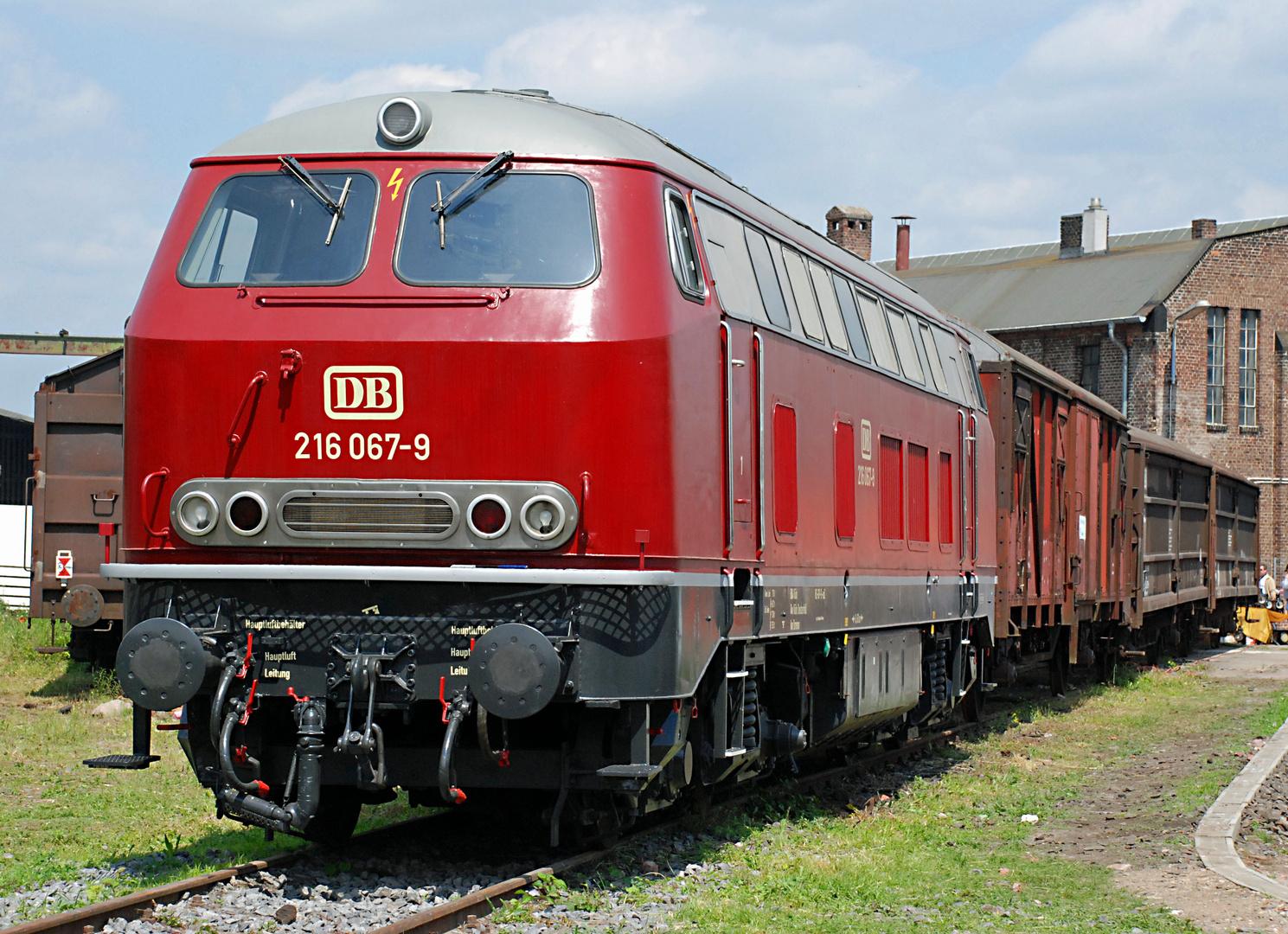 DB 216 067-9