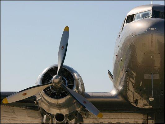 DC 3 |
