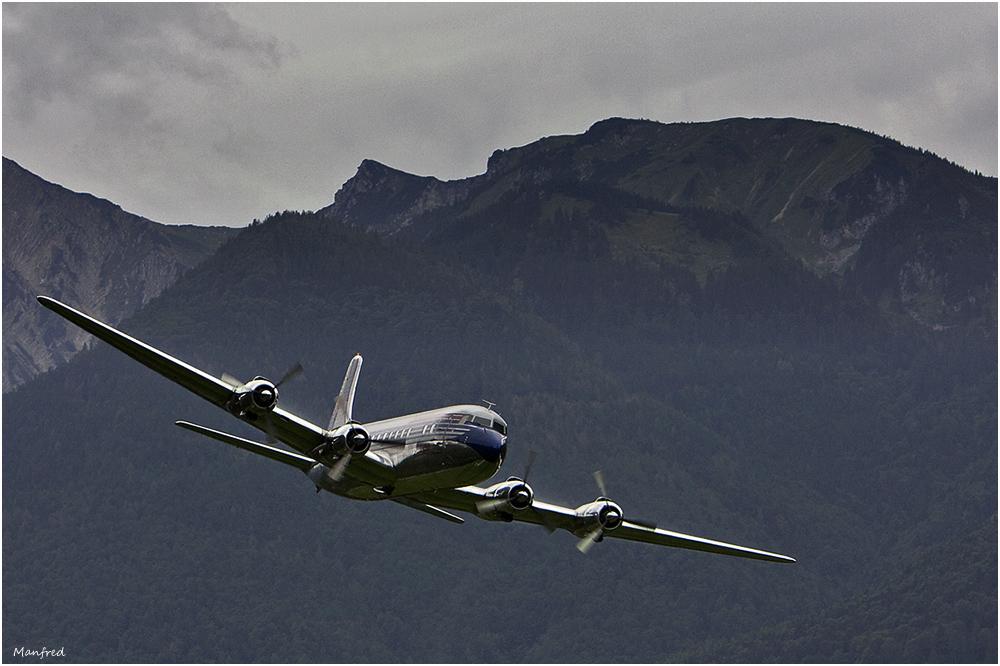 DC6 im Überflug ...