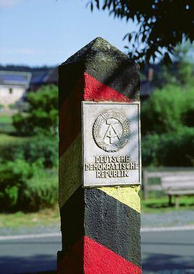 DDR-Grenzsäule