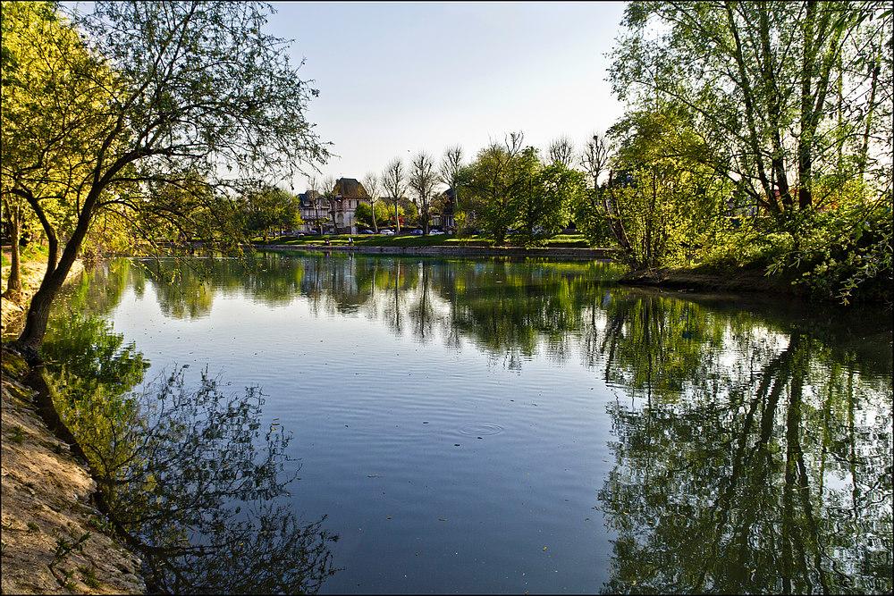De Champigny , un regard vers la varenne .