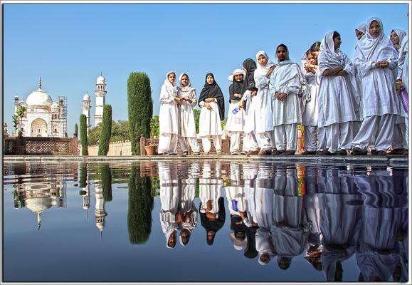 De excursión en la copia del Taj Mahal