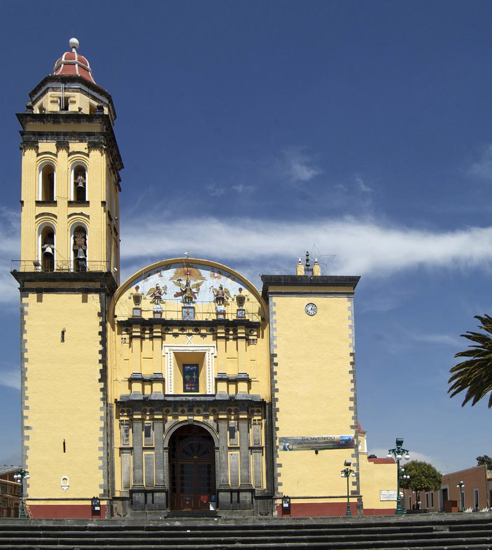 ... de Iglesias y Templos...