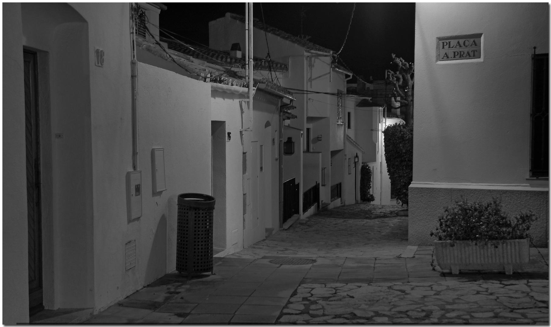 De nit a Calella II Solitària