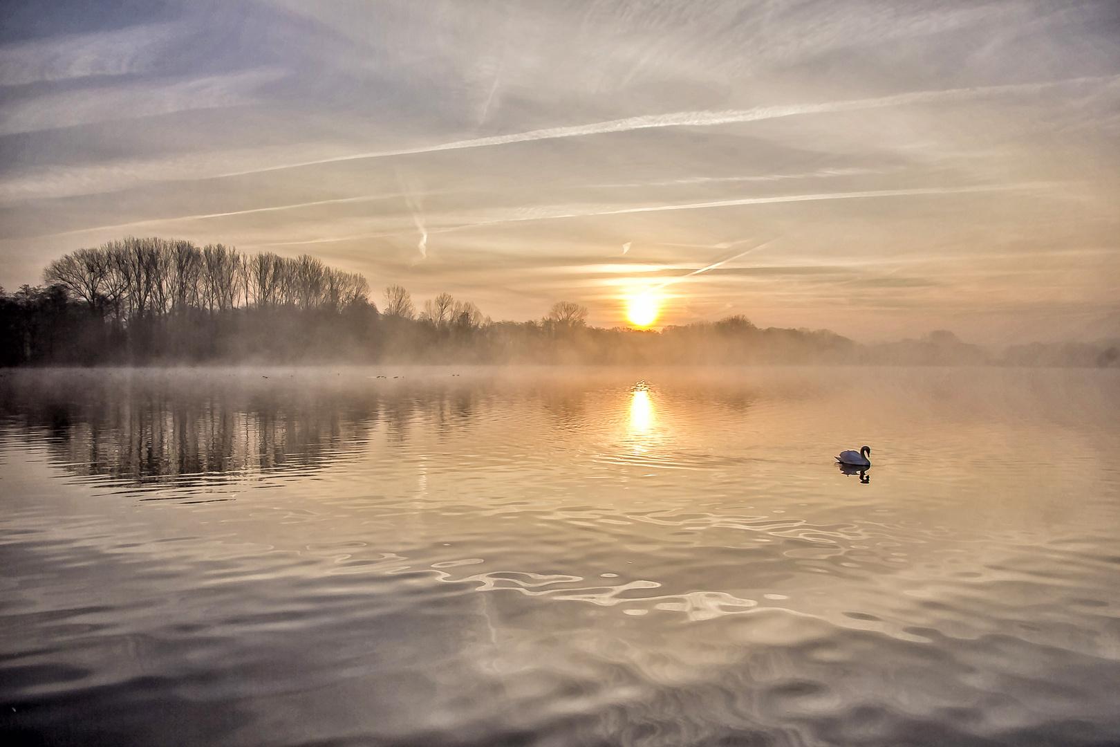 De Wittsee in Nettetal kurz nach Sonnenaufgang