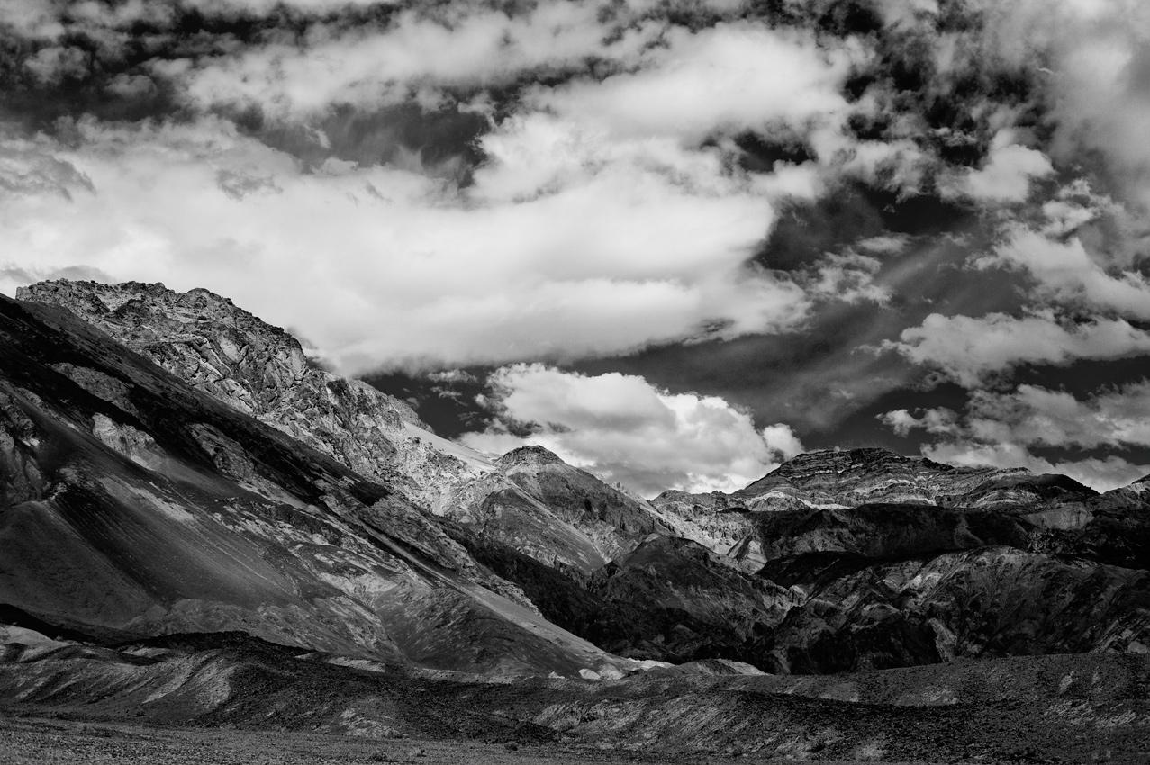 Death Valley_Coloured Canyon