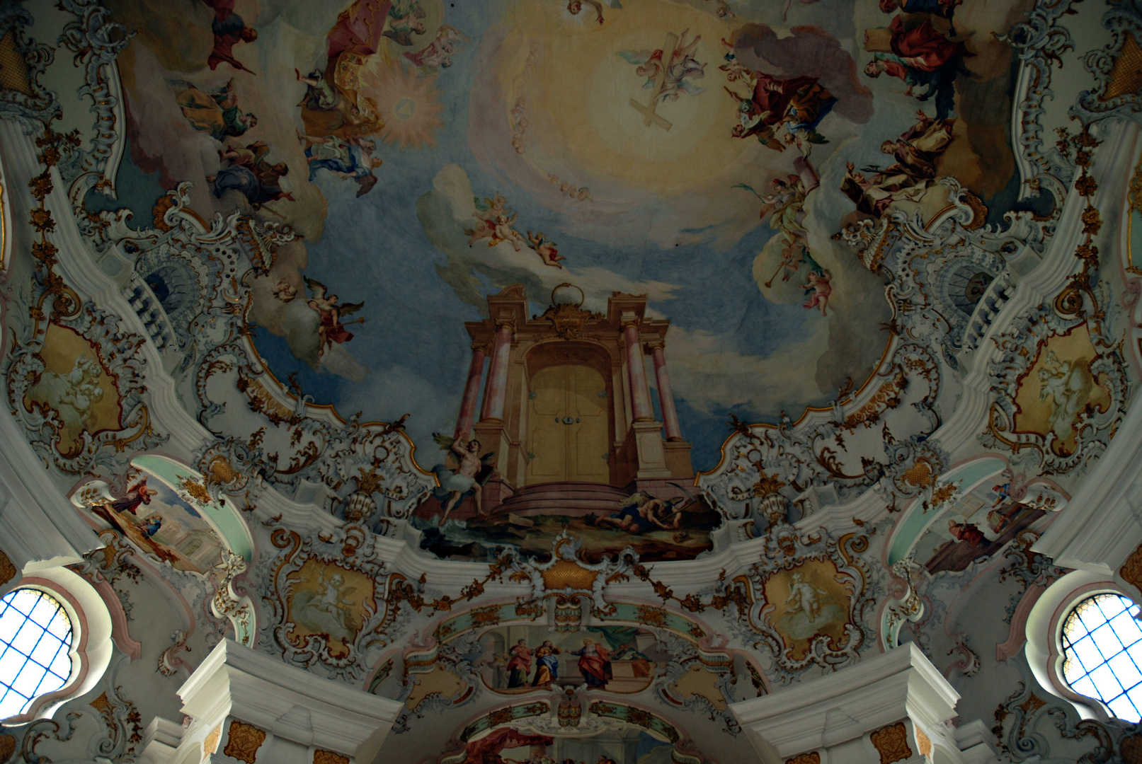 Deckenfresko über der Orgelempore der Wieskirche