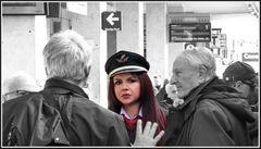 dedicata a Luciano Caldera - In stazione (dans la station)