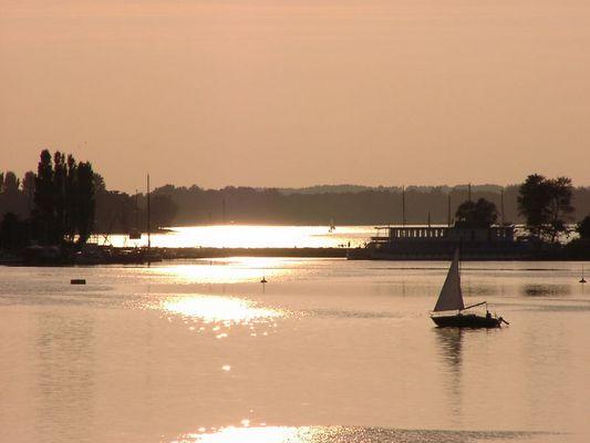 Deichbrücke Wilhelmshaven