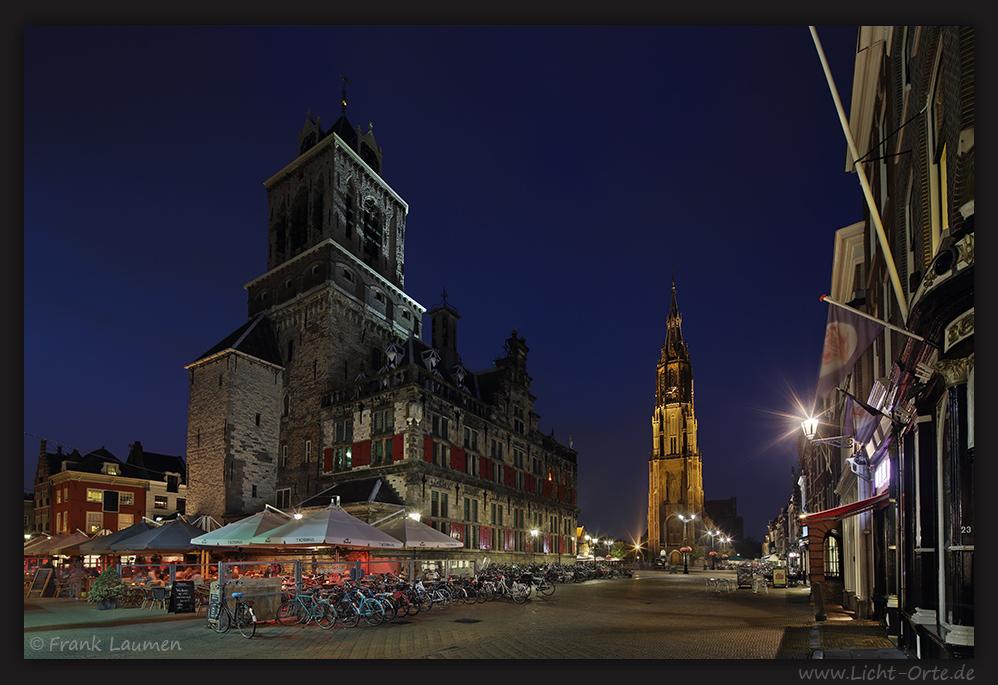 Delft Stadhuis mit Nieuwe Kerk, NL