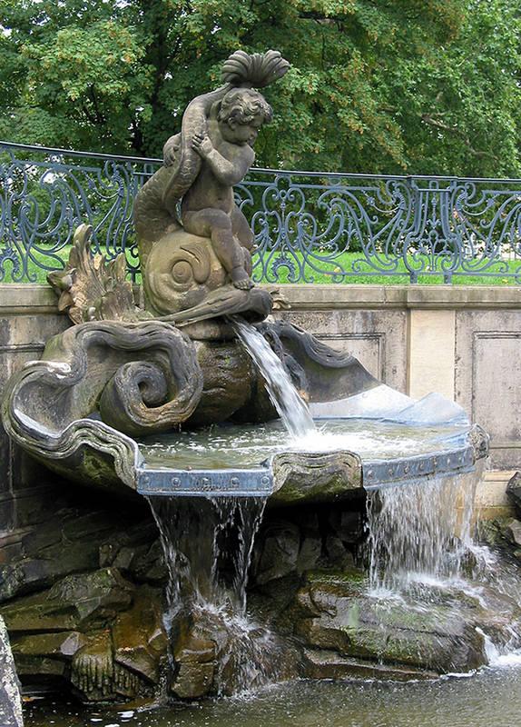 Delphinbrunnen in Dresden