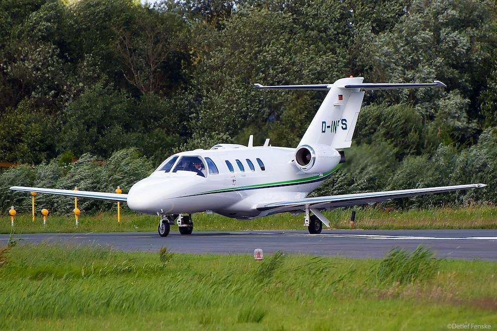 Delta India November Foxtrott Sierra clear for take off!