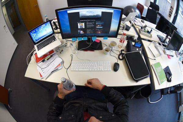 Dem Herrn Ribeiro Camelo sein Schreibtisch