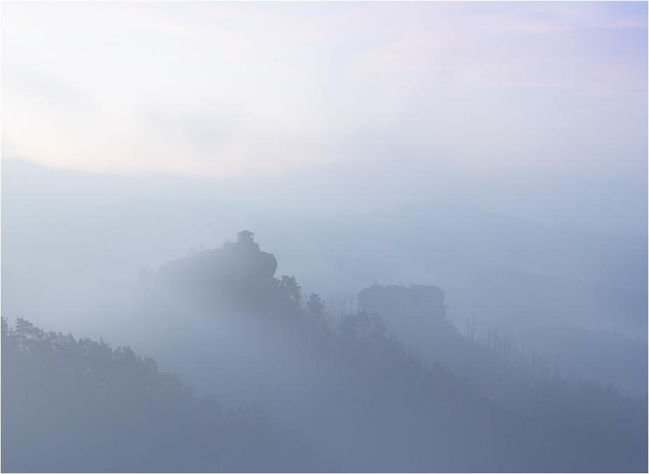 Dem Nebel abgerungen...