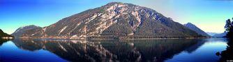 Dem See entlang von Stefan Trenker
