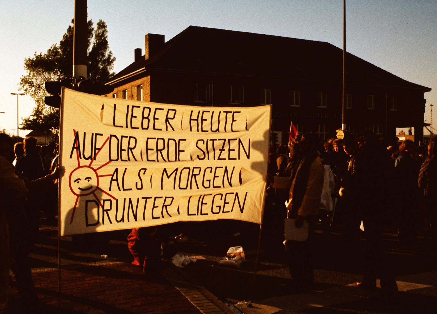 Demo gegen den Nato-Doppelbeschluss 1983