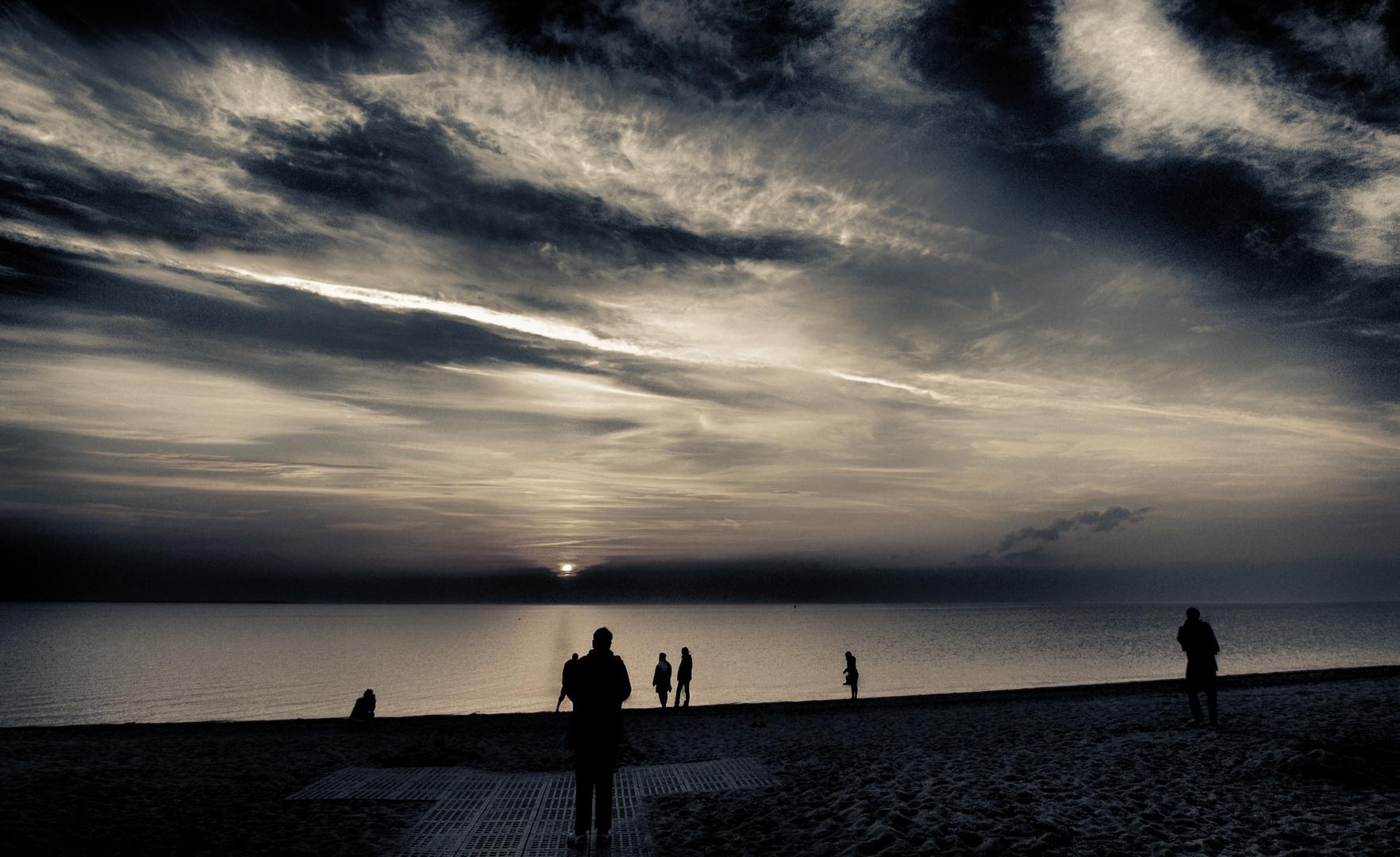 den abend am strand geniessen ...