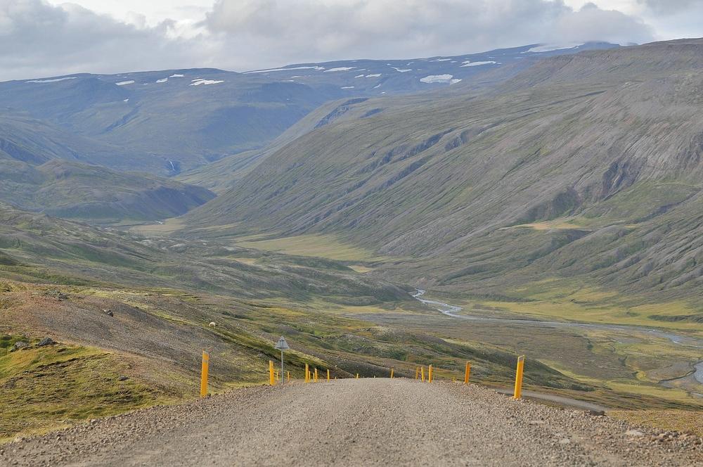Den Berg hoch (Island)