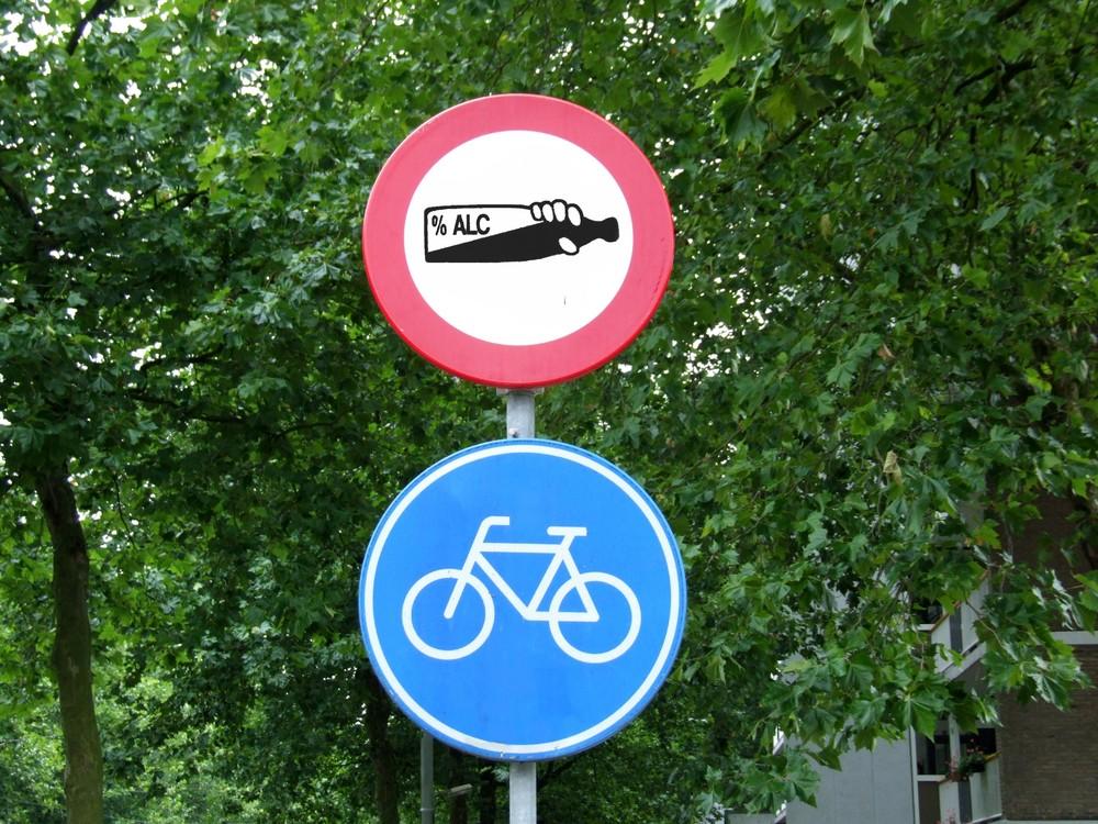 Den Radweg sollte man nachts besser meiden...
