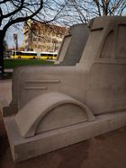 Denkmal der grauen Busse 2