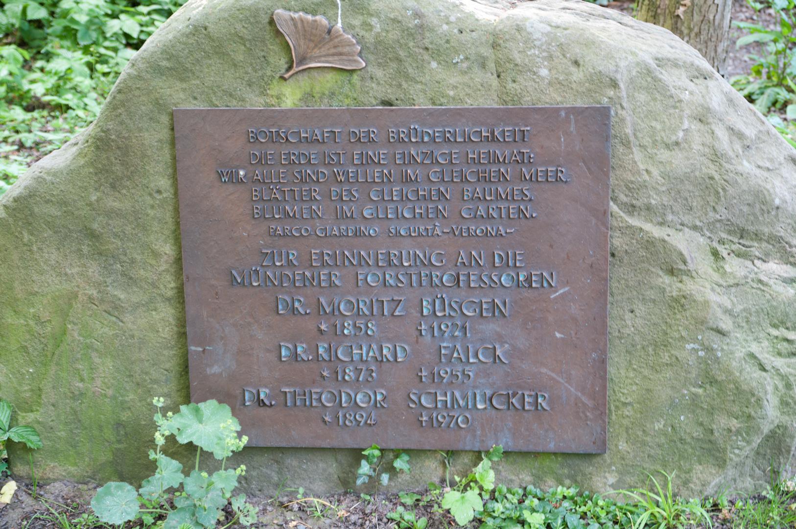 Denkmal im Botanischen Garten Hann.Münden