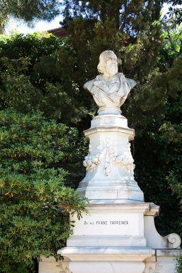 Denkmal von Dr.Franz Tappeiner in Meran