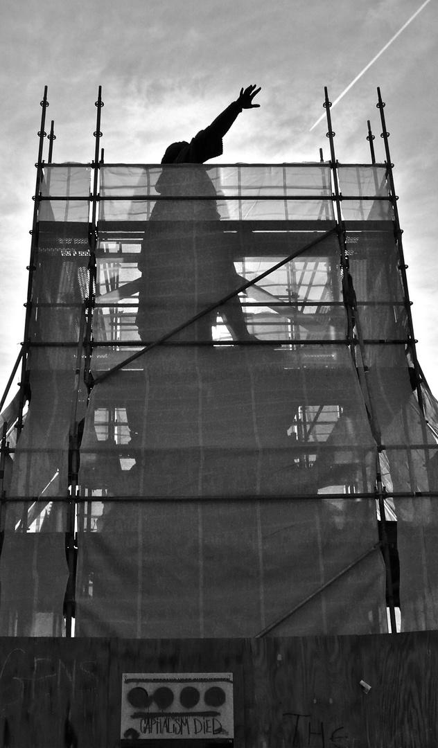 """Denkmalstadt Gent - Bild 25:  """"DER FLUGLOTSE"""" (sie streiken jetzt doch nicht) . . ."""