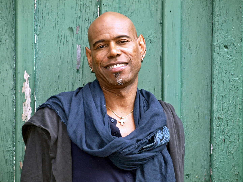 Dennis LeGree (Singer) V
