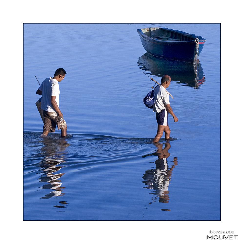départ matinal pour la pêche....