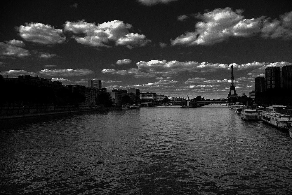 Depuis le pont Mirabeau...