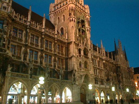 Der Abend in München