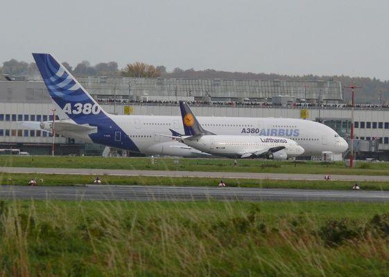 Der Airbus A380 in Düsseldorf am 12.11.2006