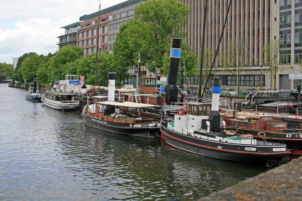 """der alte Hafen von Berlin am """"Märkischen Ufer"""", nahe der Jannowitz-Brücke"""